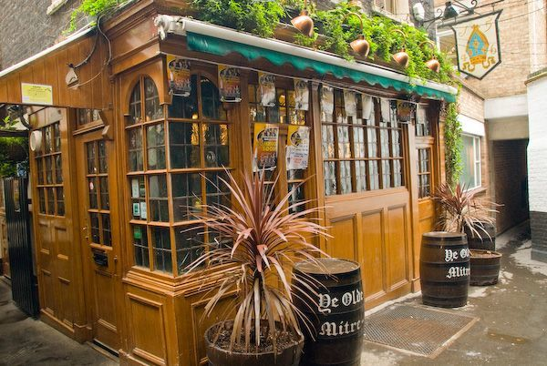 Ye Olde Mitre Tavern - 6 of the best pubs and bars in London