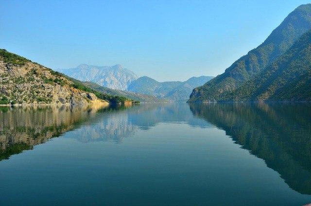Lake-Komani