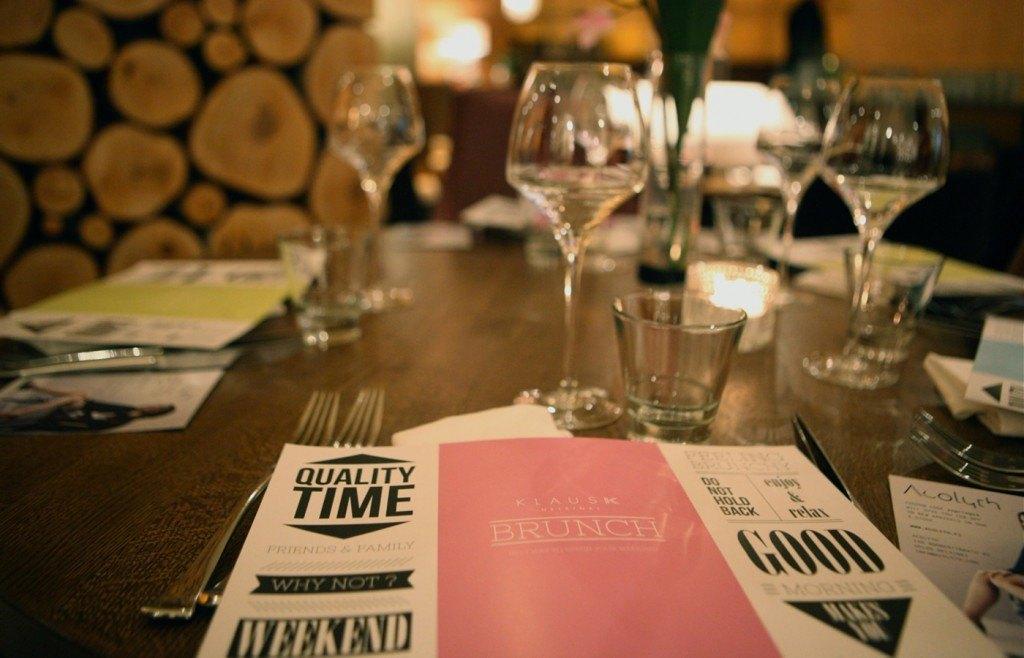 klaus-k-hotel-brunch-livingroom-menu