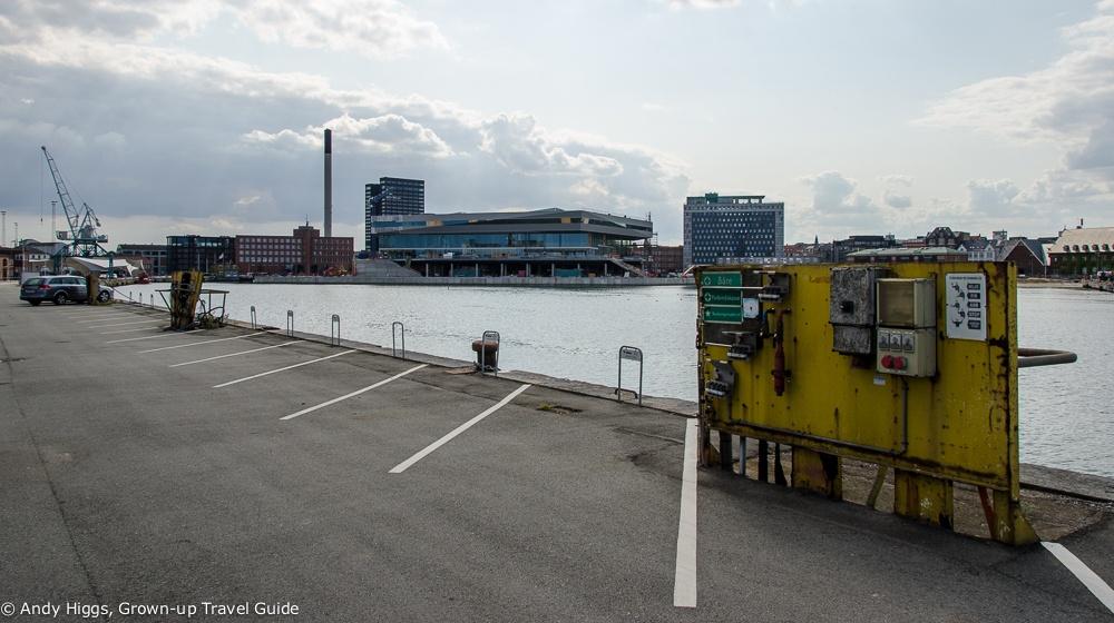 Aarhus contrasts