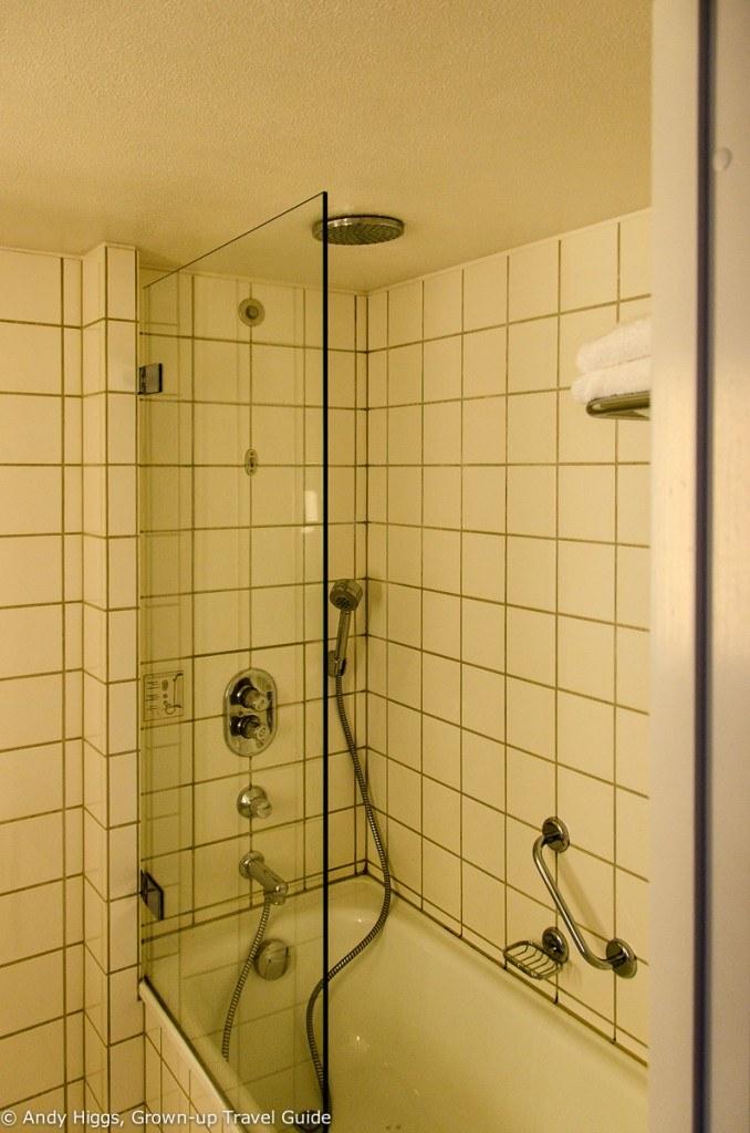 Radisson Aarhus bathroom2