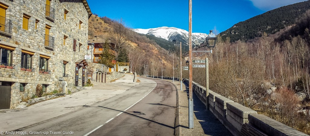 The road to Vallter