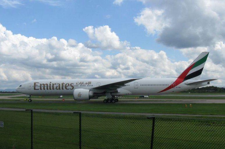 Emirates 777-300ER Business Class