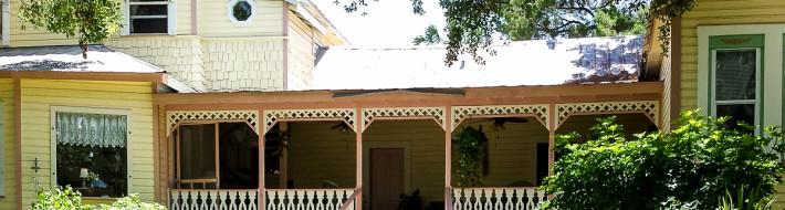 Cedar Key B&B house from garden