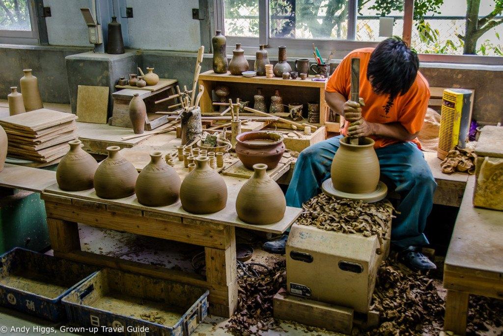 Awamori potter