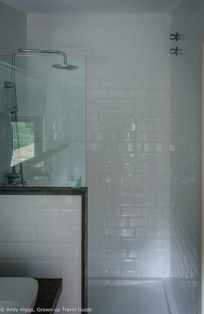 La Rectoria bathroom 1