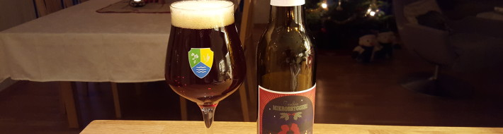 Grown-up Travel Guide Beer Diary - Day 359: Gledelig Jul from Trondhjem Mikrobryggeri of Trondheim, Norway