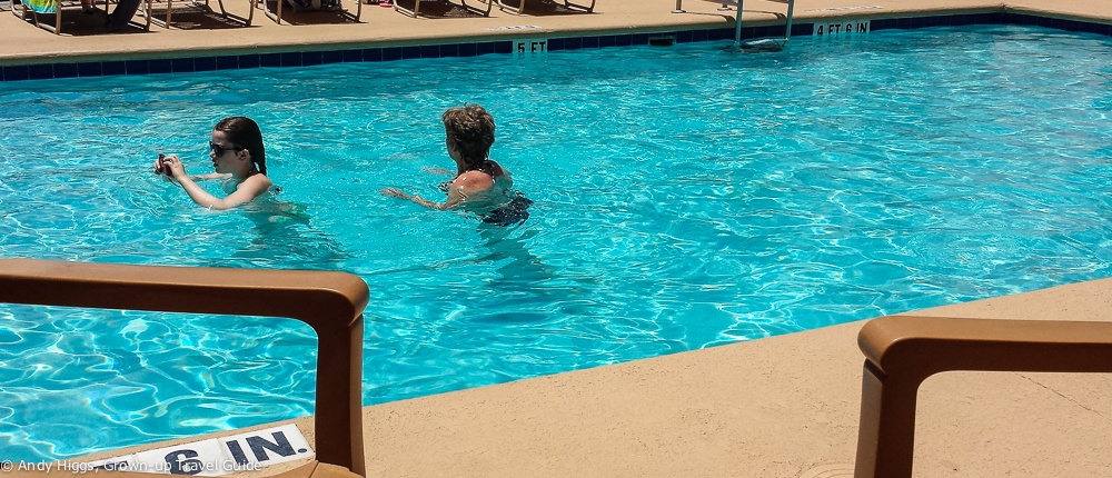Hampton Inn & Suites Amelia Island pool