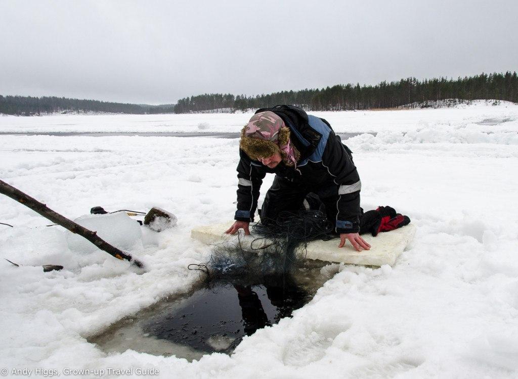 Sahanlahti ice fishing