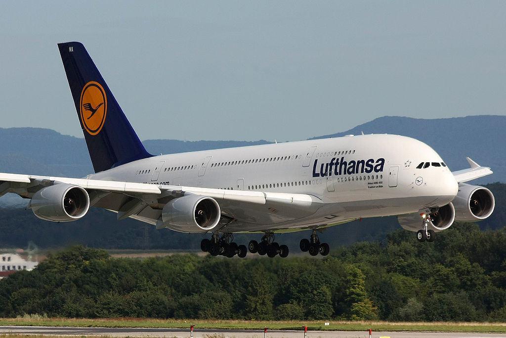 1024px-Lufthansa_A380_D-AIMA-1