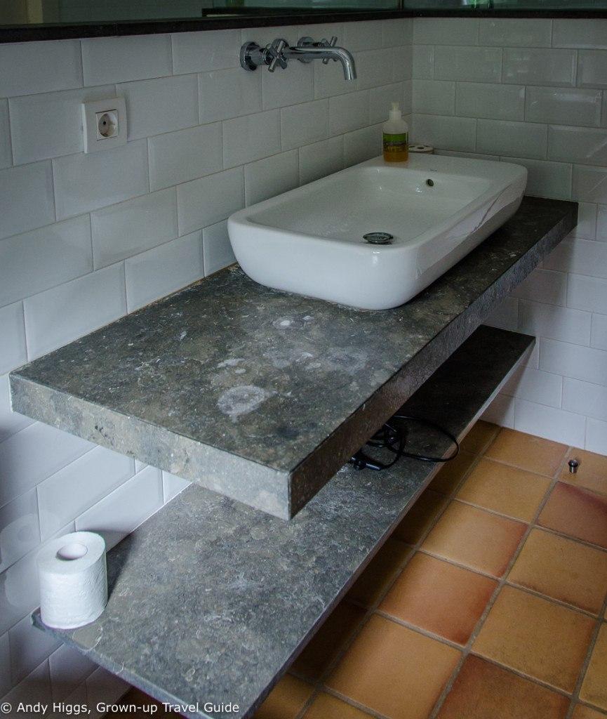 La Rectoria bathroom 2