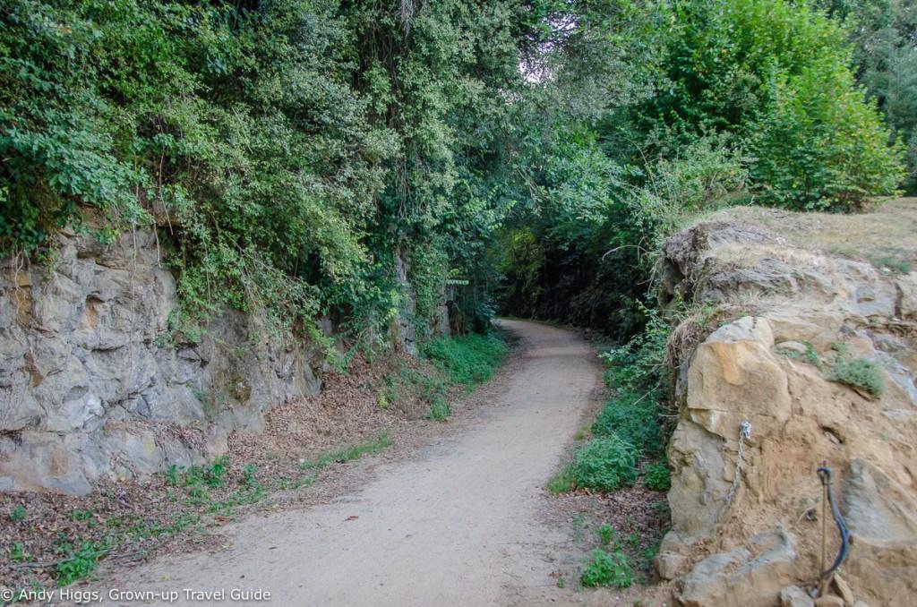 La Rectoria path right