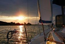 sailboat-414509_1280